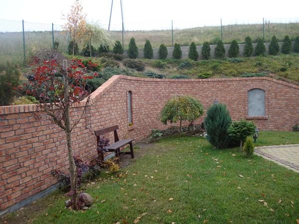 Architektura ogrodowa – współpracujemy z profesjonalną firmą ogrodniczą oraz firmą wykonującą prace ziemne i niwelacje terenu